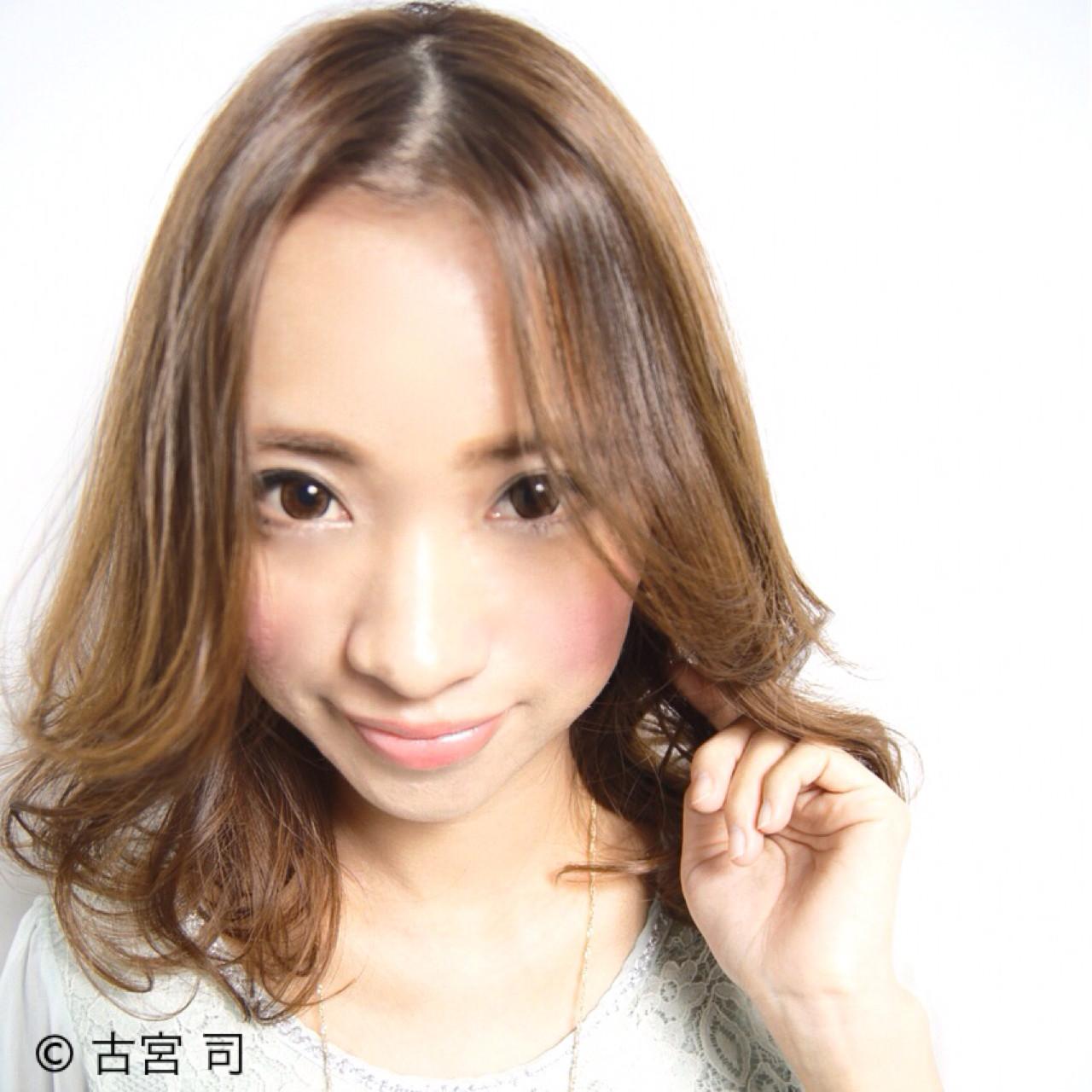 大人かわいい グラデーションカラー コンサバ ストレート ヘアスタイルや髪型の写真・画像