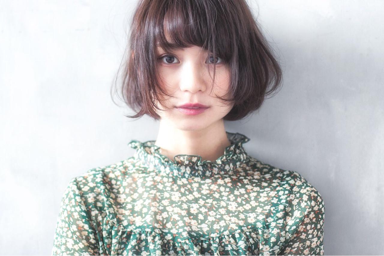 大人女子 小顔 ナチュラル ニュアンス ヘアスタイルや髪型の写真・画像