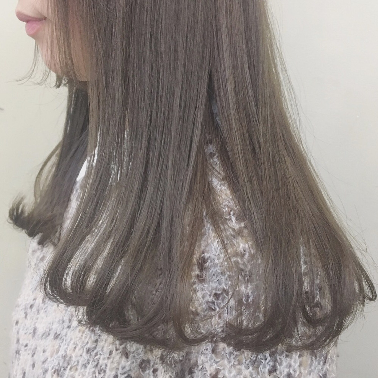 透明感 マッシュ アッシュベージュ ロング ヘアスタイルや髪型の写真・画像 | 下地 由美 / La.a.g.f