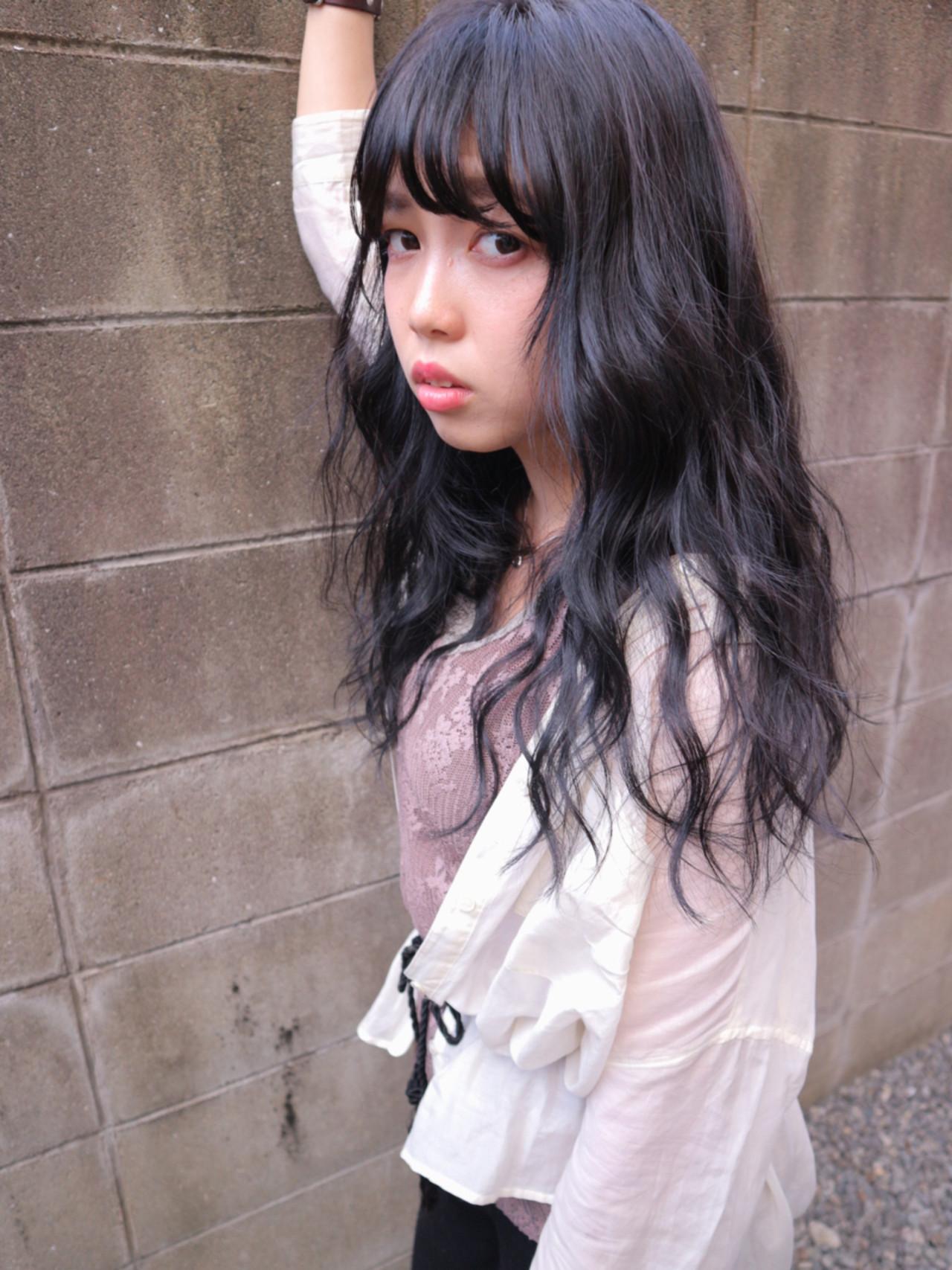 セミロング 大人女子 暗髪 ブルージュ ヘアスタイルや髪型の写真・画像