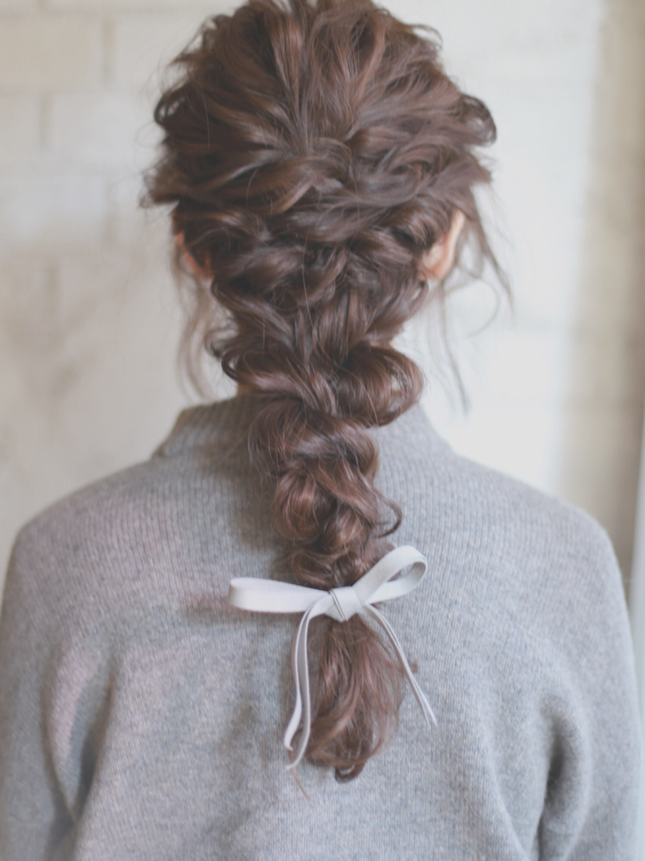 結婚式 簡単ヘアアレンジ ゆるふわ フェミニン ヘアスタイルや髪型の写真・画像