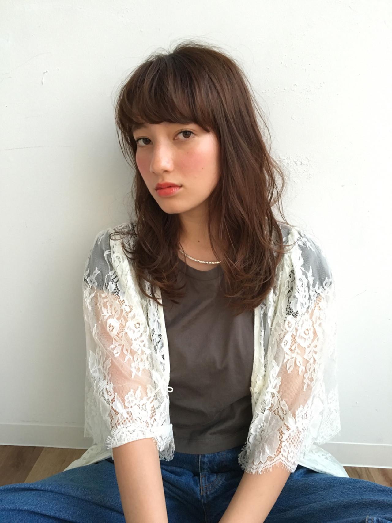 前髪あり ナチュラル パーマ フェミニン ヘアスタイルや髪型の写真・画像   松盛友美子 / ALICe by afloat