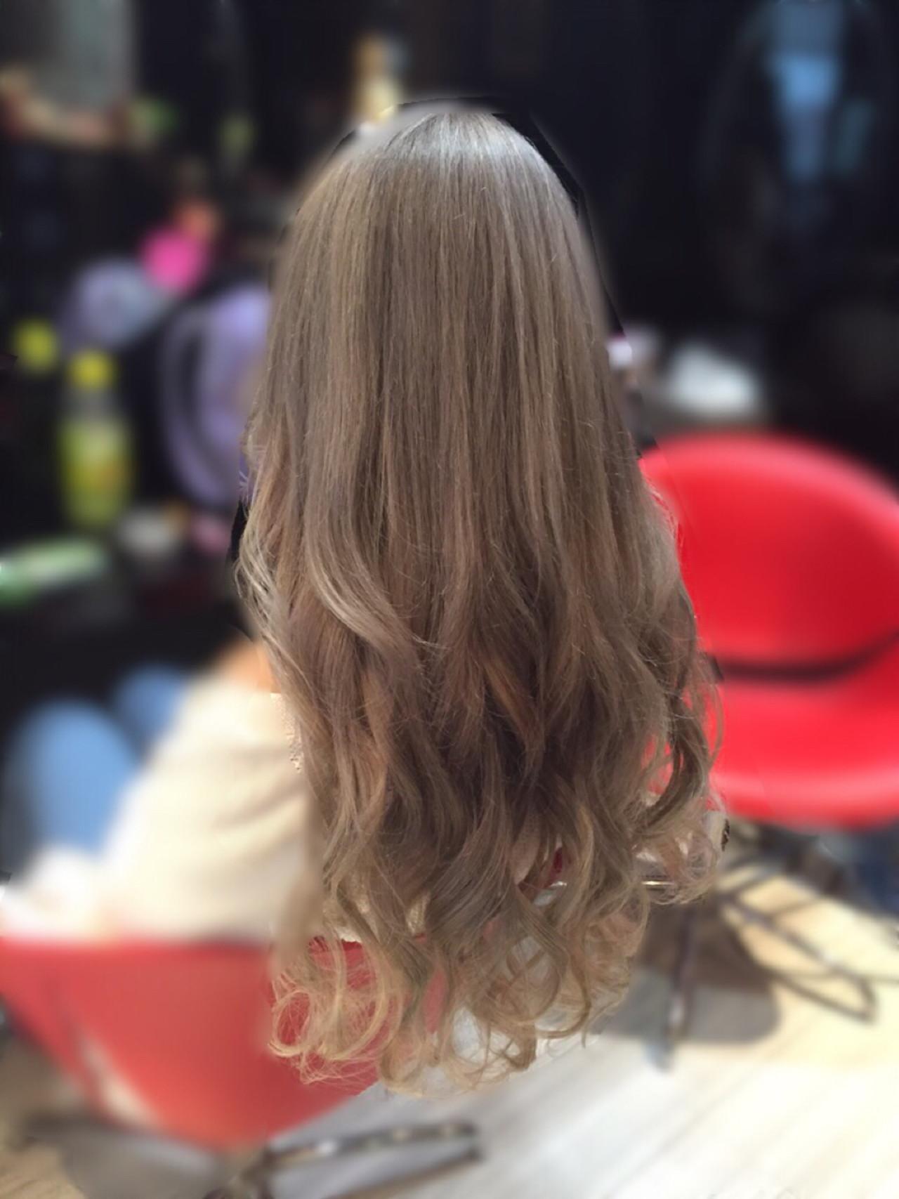 ミルクティーベージュ ヌーディベージュ ストリート アッシュ ヘアスタイルや髪型の写真・画像