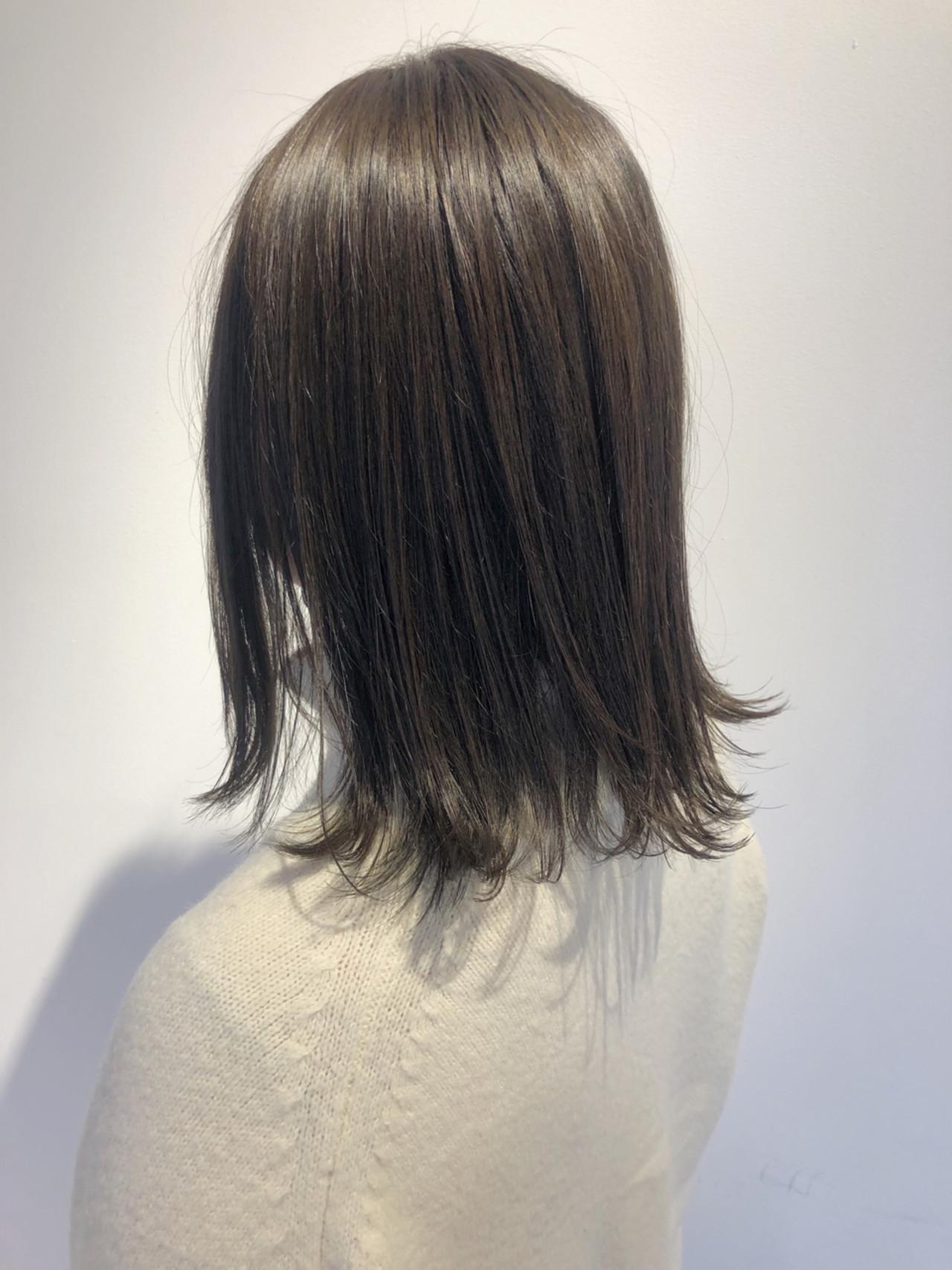 ミディアム 透明感 ロブ ベージュ ヘアスタイルや髪型の写真・画像