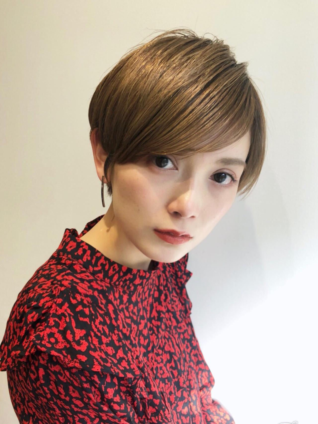 モード オフィス ヘアアレンジ ショート ヘアスタイルや髪型の写真・画像 | Que hair director 高橋貴大 / Que hair