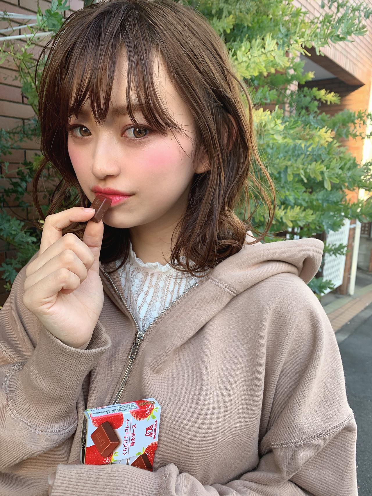 ボブアレンジ ボブヘアー 外ハネボブ アンニュイほつれヘア ヘアスタイルや髪型の写真・画像   SHIGERU/BABY上野 / BABY