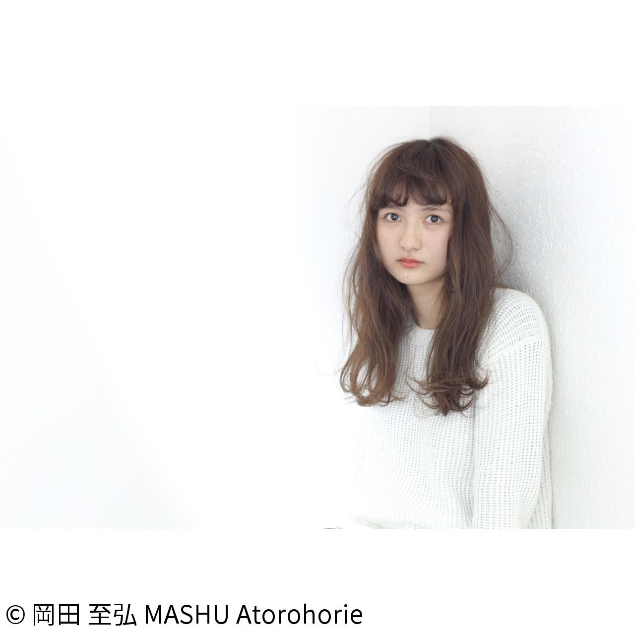 アッシュ 大人かわいい ゆるふわ ロング ヘアスタイルや髪型の写真・画像 | 岡田 至弘 MASHU / MASHU