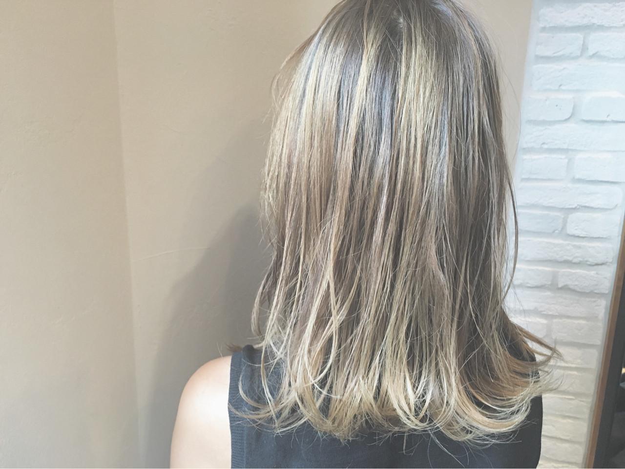 ハイトーン ガーリー グラデーションカラー ミディアム ヘアスタイルや髪型の写真・画像 | 須賀 ユウスケ / Rizm