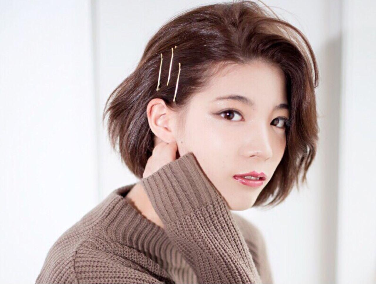 ショート ショートボブ かっこいい 耳かけ ヘアスタイルや髪型の写真・画像 | 岸田 真純 /