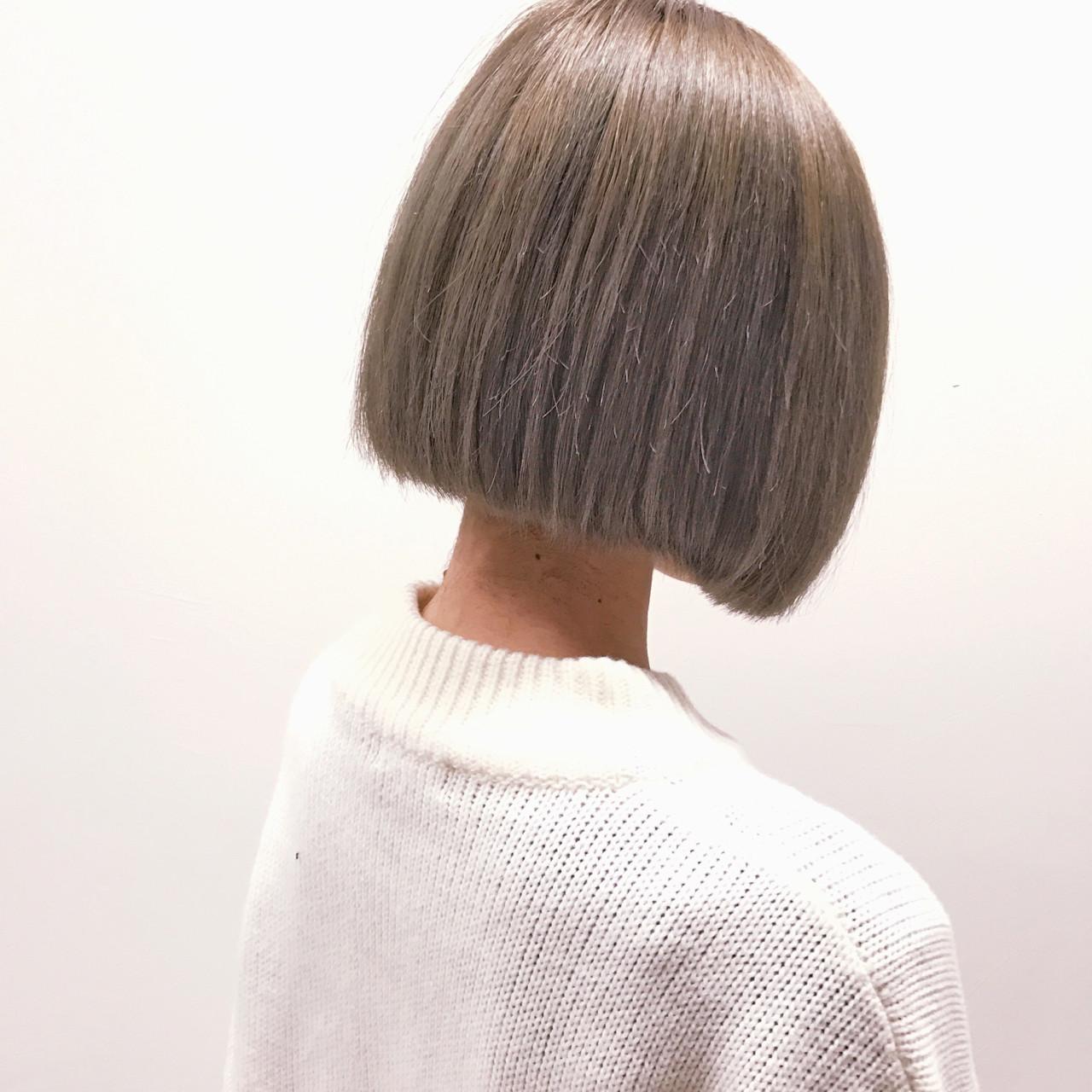 ボブ ハイトーン アッシュ ガーリー ヘアスタイルや髪型の写真・画像