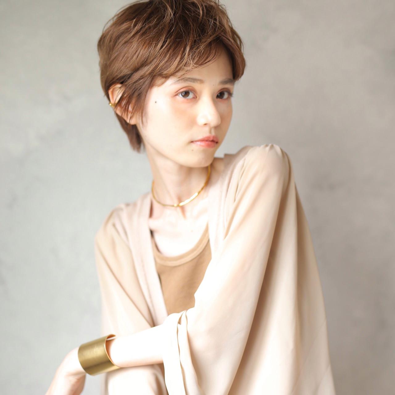 アンニュイほつれヘア ナチュラル ショートヘア 透明感カラー ヘアスタイルや髪型の写真・画像