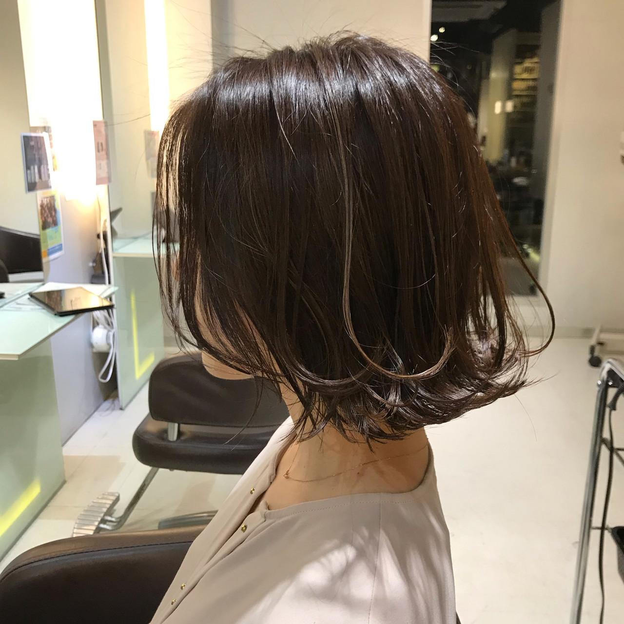 フェミニン ワンカール ワンカールスタイリング 外ハネボブ ヘアスタイルや髪型の写真・画像
