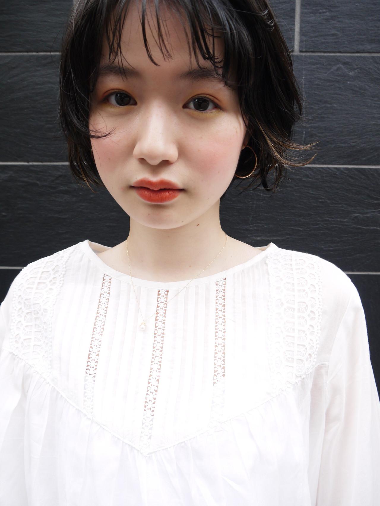 ショート ばっさり 大人かわいい 黒髪 ヘアスタイルや髪型の写真・画像