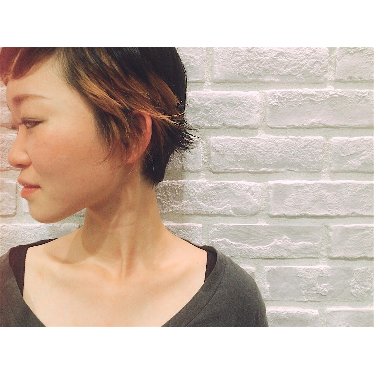 外国人風 大人かわいい アッシュ ブラウン ヘアスタイルや髪型の写真・画像   秋吉 治 /RADnoel / RADnoel