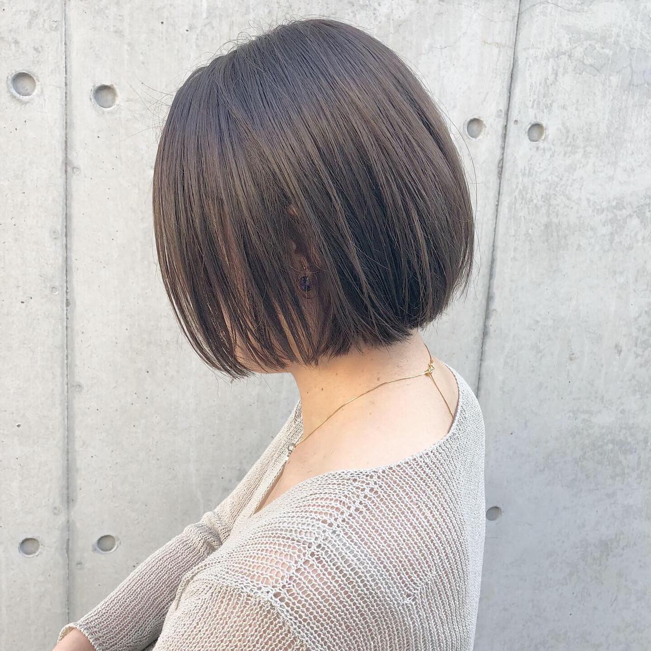 オフィス 切りっぱなしボブ ナチュラル スポーツ ヘアスタイルや髪型の写真・画像   高田 興 / レジーロ