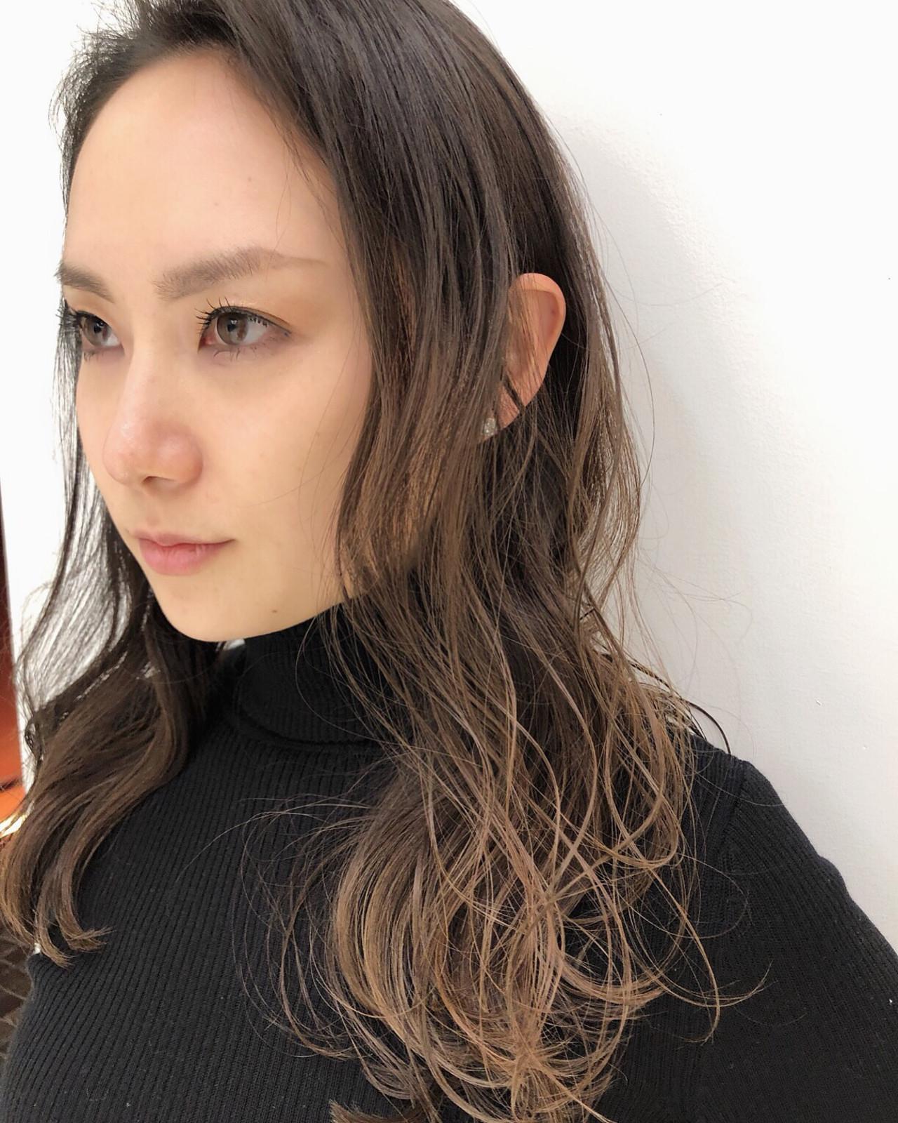 ロング グラデーションカラー 3Dカラー 外国人風カラー ヘアスタイルや髪型の写真・画像