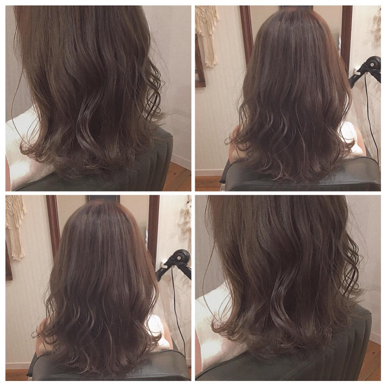 ロング グレージュ ベージュ ミルクティーベージュ ヘアスタイルや髪型の写真・画像