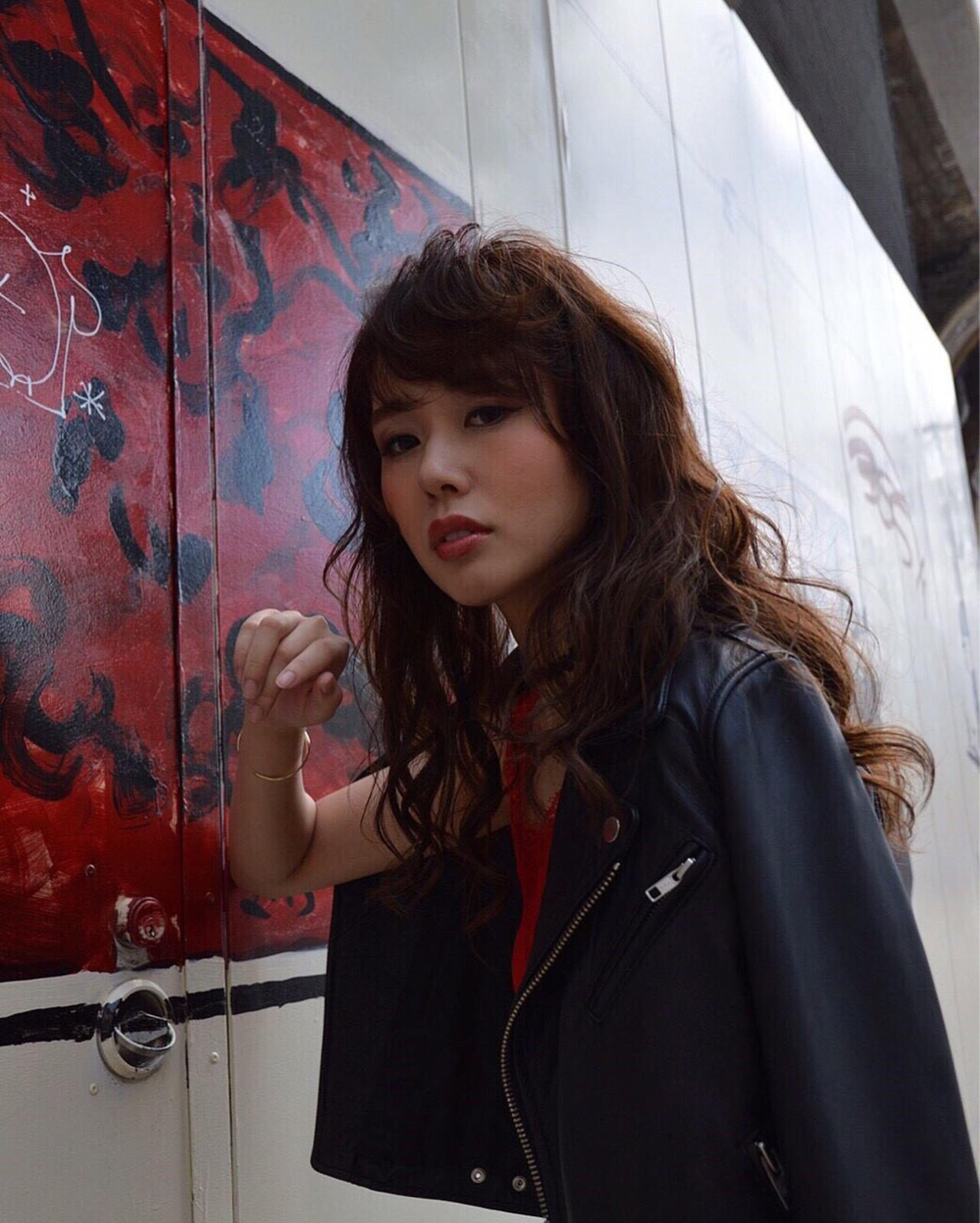 かっこいい セミロング 渋谷系 外国人風 ヘアスタイルや髪型の写真・画像   桐谷 芽依 /