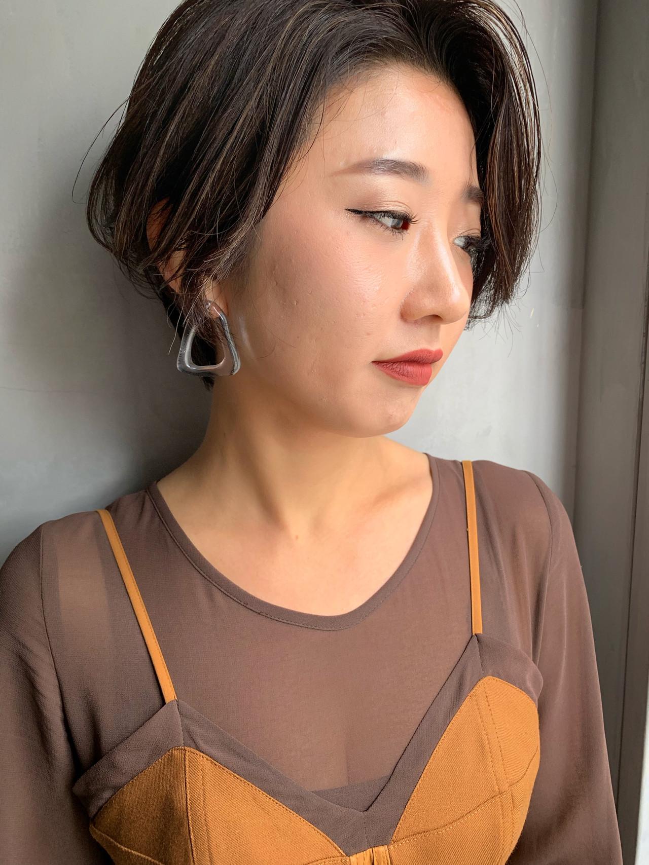 ショート ハイライト 小顔ショート ハンサムショート ヘアスタイルや髪型の写真・画像 | miya/@1031miya / フリーランス(XENA)