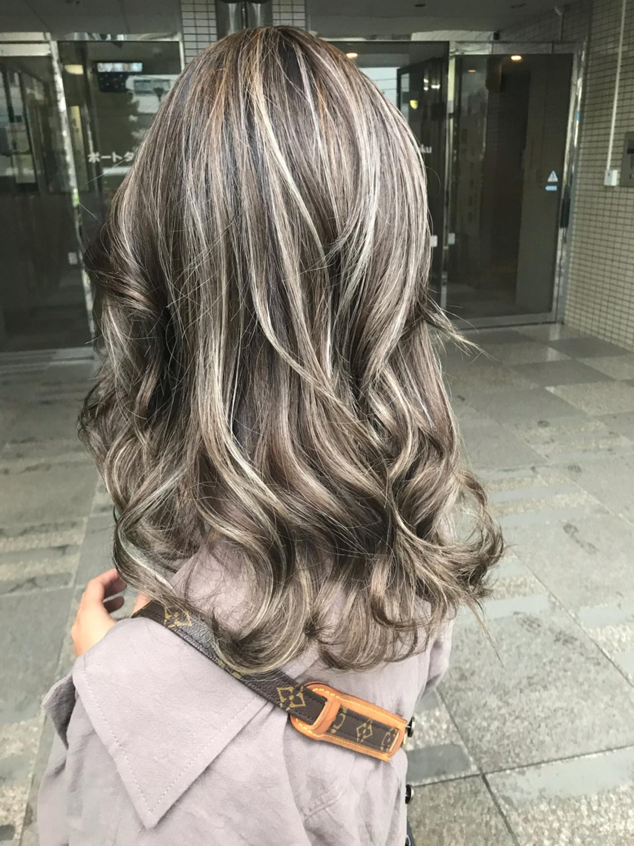 ミディアム 外国人風カラー エレガント グラデーションカラー ヘアスタイルや髪型の写真・画像