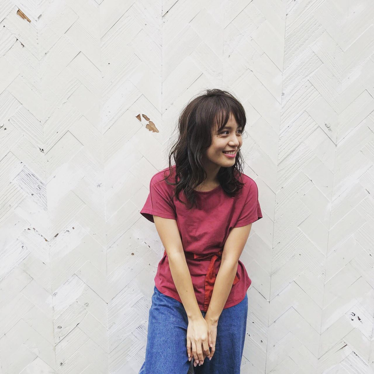 フェミニン ヘアアレンジ デート セミロング ヘアスタイルや髪型の写真・画像