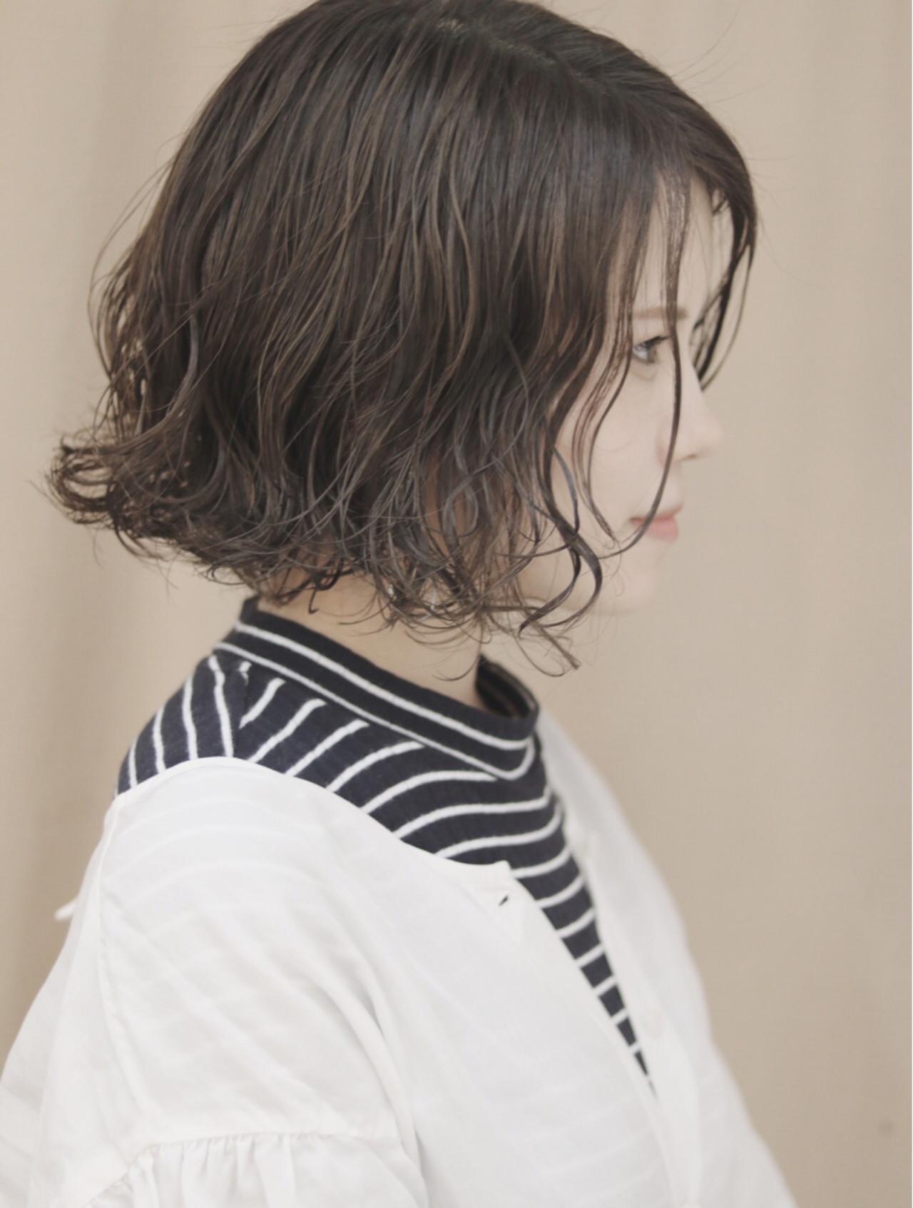 ナチュラル ボブ 切りっぱなし オルチャン ヘアスタイルや髪型の写真・画像   首藤慎吾 / free-lance