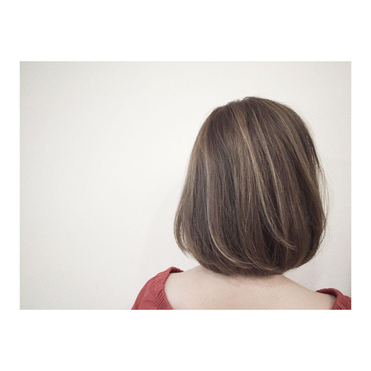ミディアム マルサラ 大人かわいい ウェットヘア ヘアスタイルや髪型の写真・画像