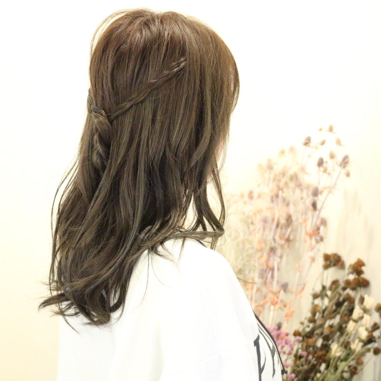 簡単ヘアアレンジ 編み込み セミロング ヘアアレンジ ヘアスタイルや髪型の写真・画像
