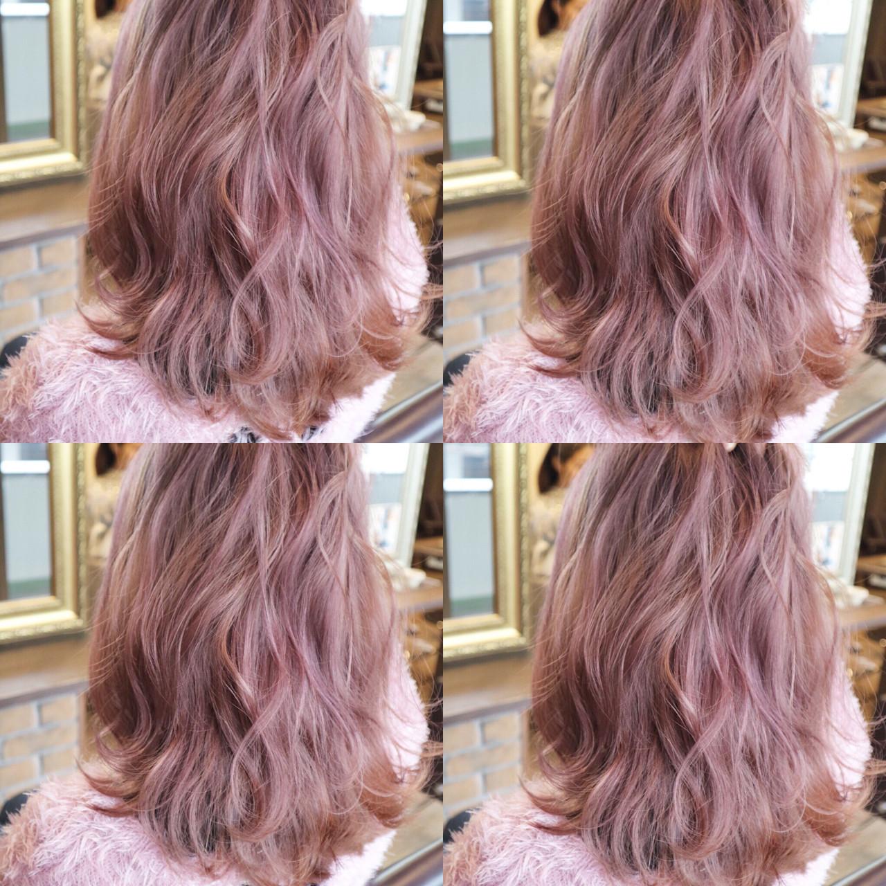 ✨ピンクグレージュ✨ 春にオススメカラー!!  ベース14レベル以上からピンクとシルバー系の色を塗布しました。