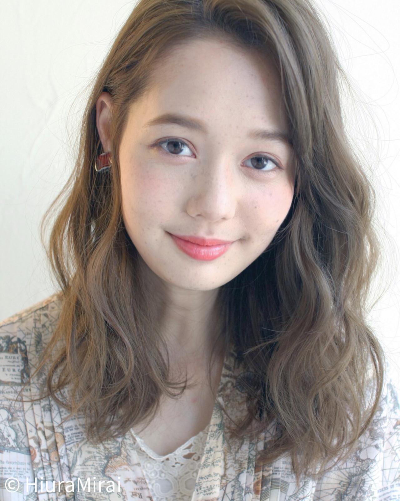 ゆるふわ リラックス ミディアム アンニュイ ヘアスタイルや髪型の写真・画像 | Mirai / Lilou