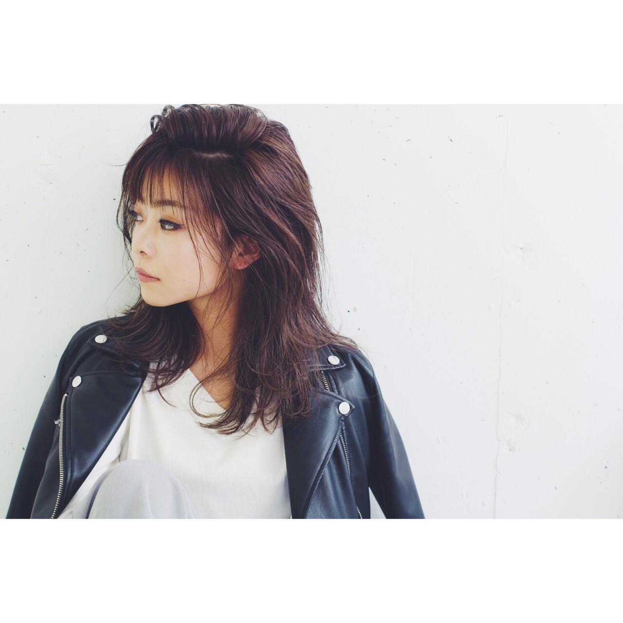 グラデーションカラー 暗髪 レイヤーカット ハイライト ヘアスタイルや髪型の写真・画像