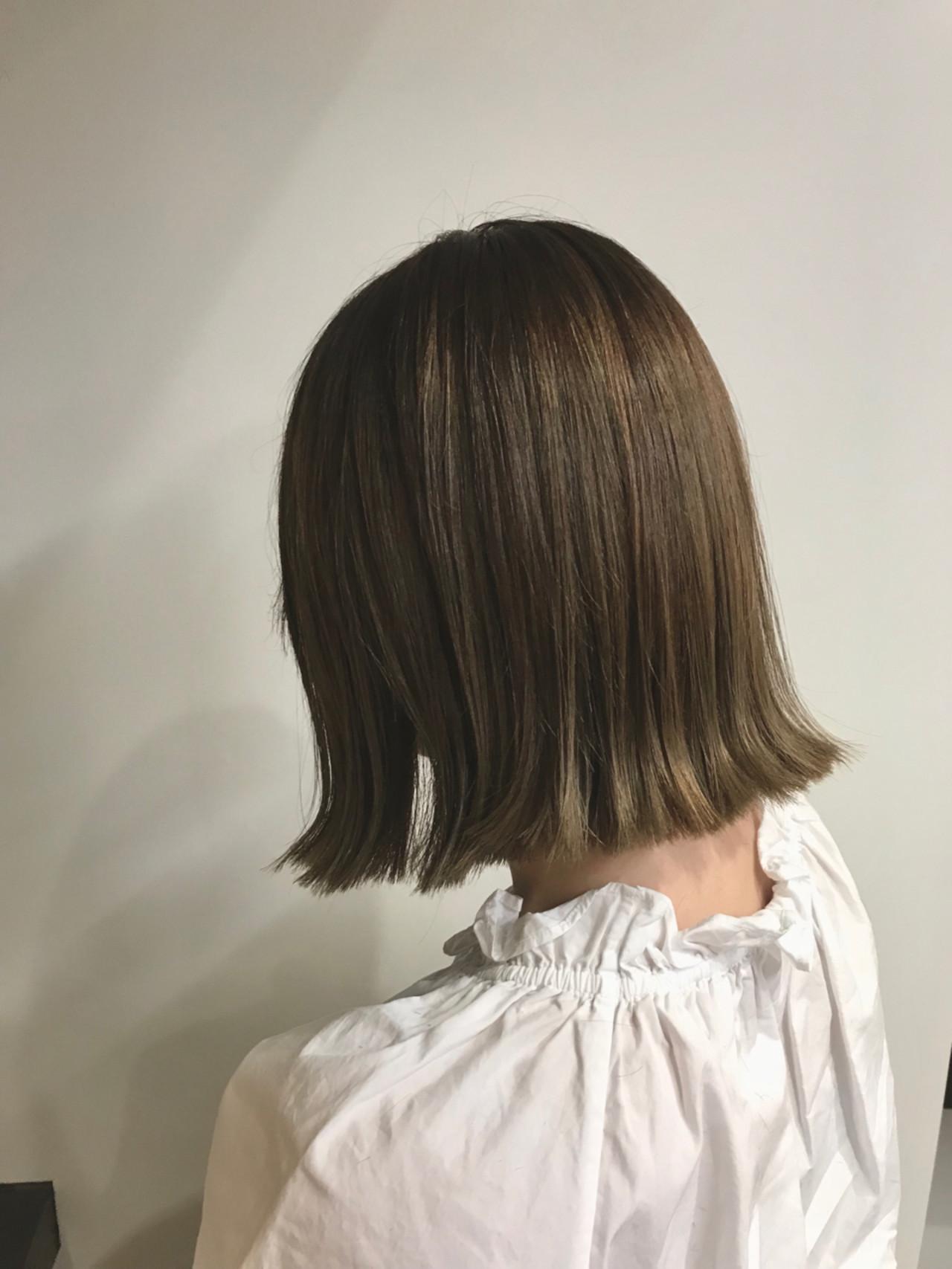 バレイヤージュ 色気 ベージュ ブラントカット ヘアスタイルや髪型の写真・画像   松村卓人 / OWL hair