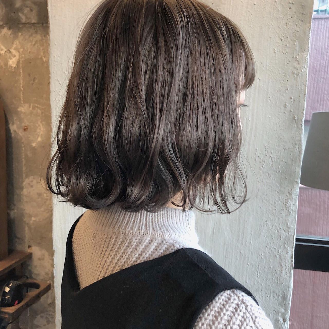 オフィス デート ナチュラル エフォートレス ヘアスタイルや髪型の写真・画像 | 冨永 真太郎 / 人トナリ
