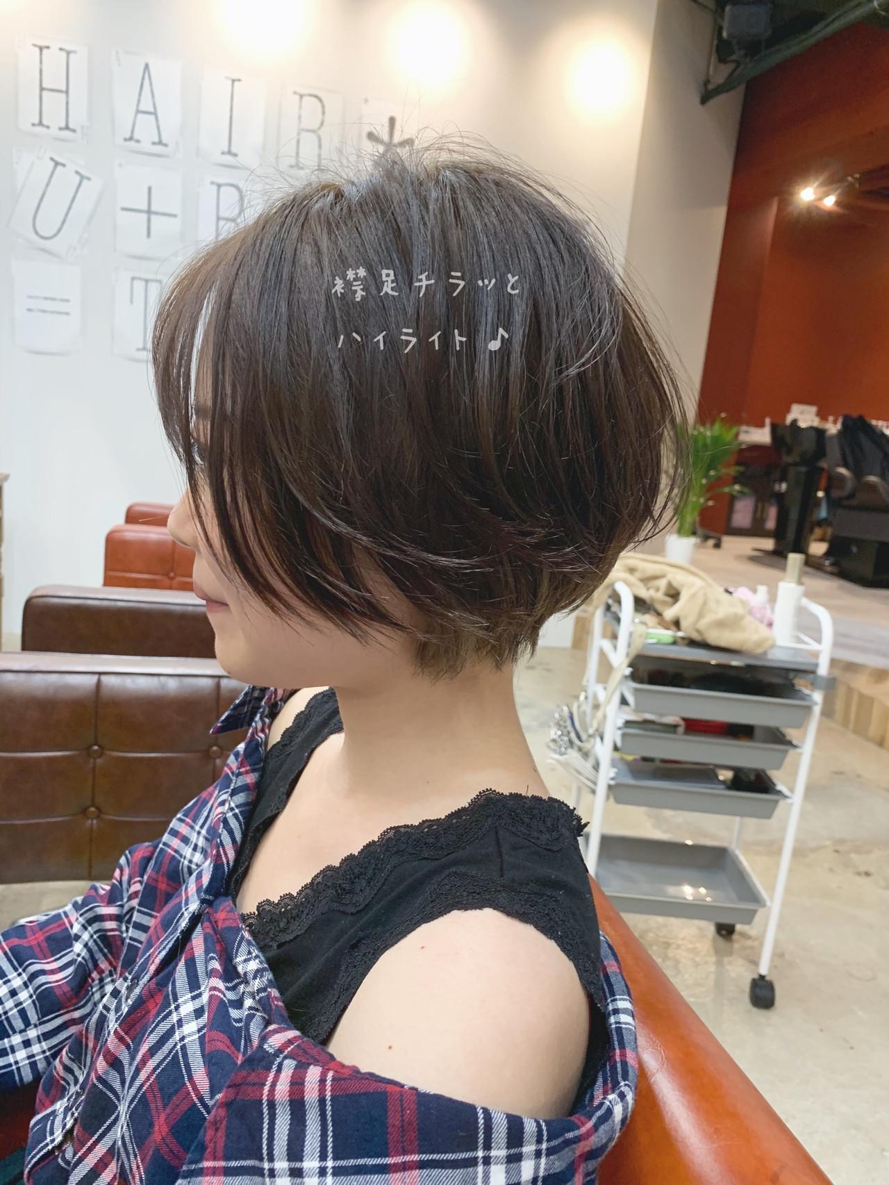 パーマ 大人ショート ショートボブ オフィス ヘアスタイルや髪型の写真・画像