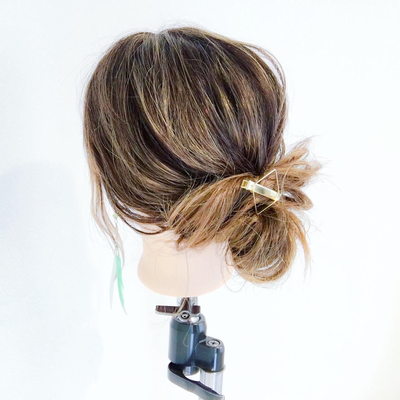 セミロング ショート デート 簡単ヘアアレンジ ヘアスタイルや髪型の写真・画像