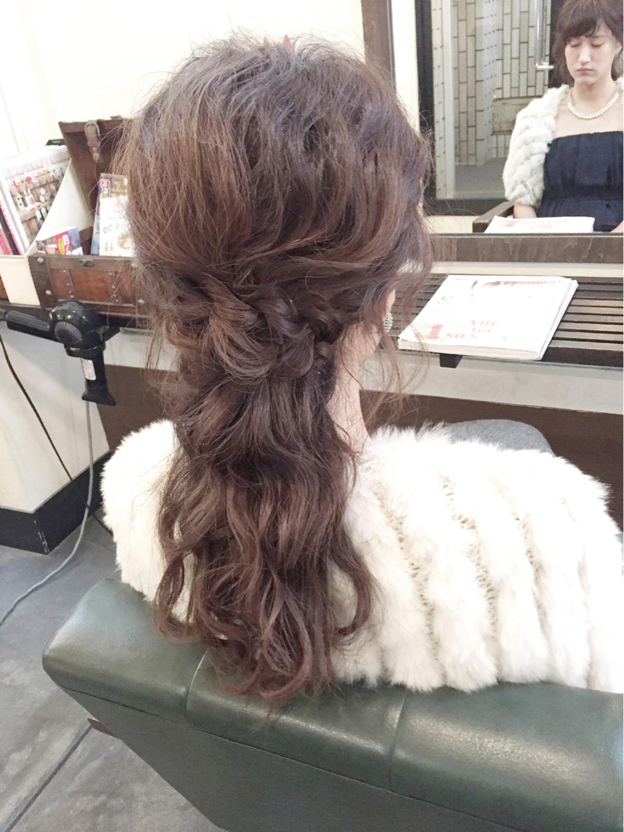 編み込み ヘアアレンジ 大人かわいい フェミニン ヘアスタイルや髪型の写真・画像 | 田渕 英和/vicushair / vicushair