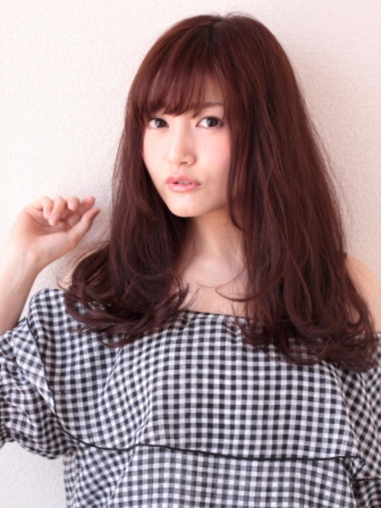 大人かわいい 卵型 セミロング ロング ヘアスタイルや髪型の写真・画像