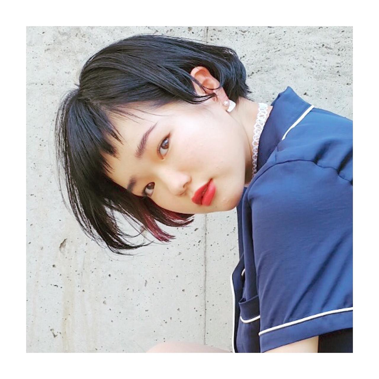 インナーカラー 黒髪 ストリート ピンク ヘアスタイルや髪型の写真・画像