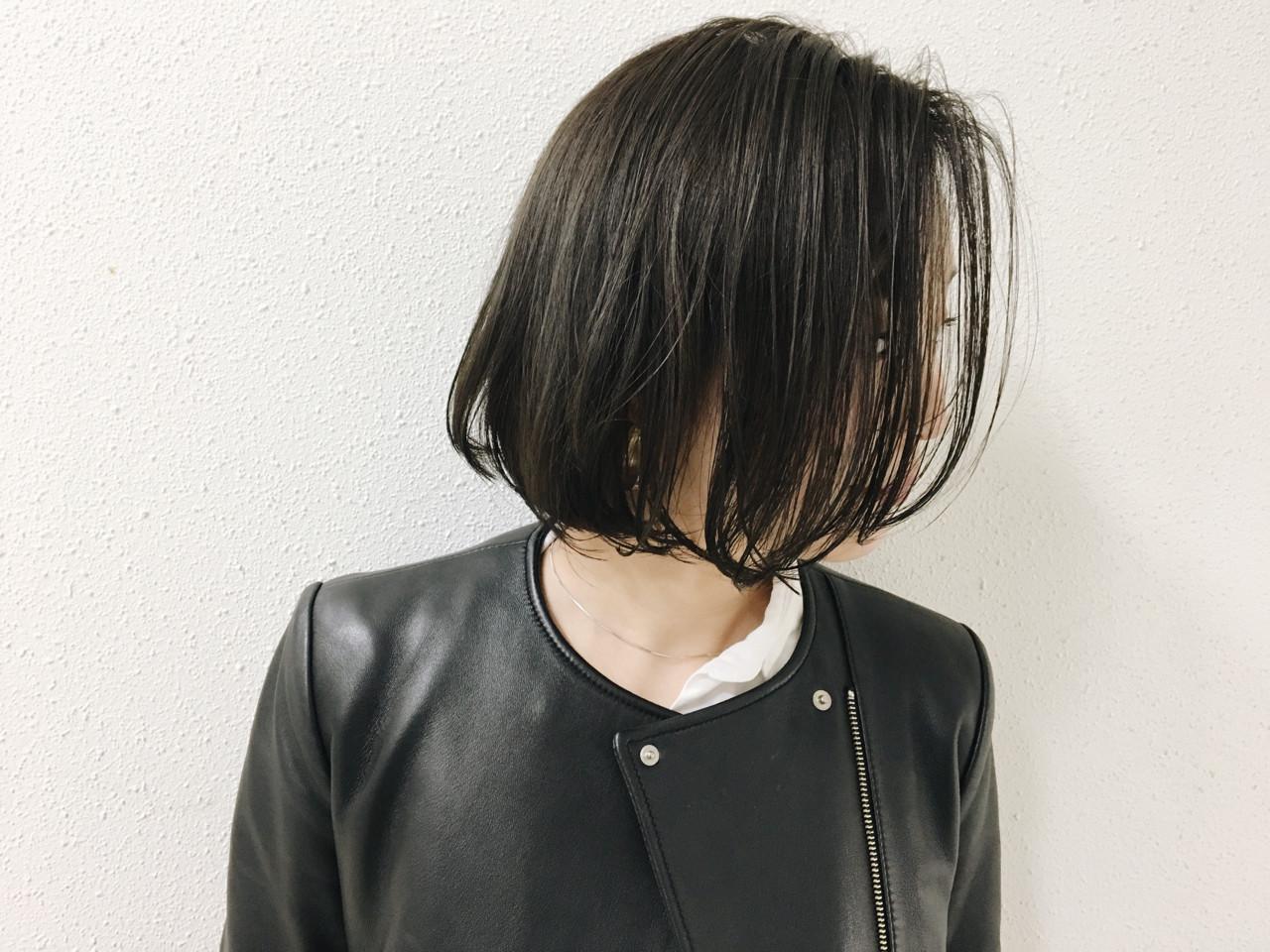 グレー 透明感 ナチュラル ボブ ヘアスタイルや髪型の写真・画像