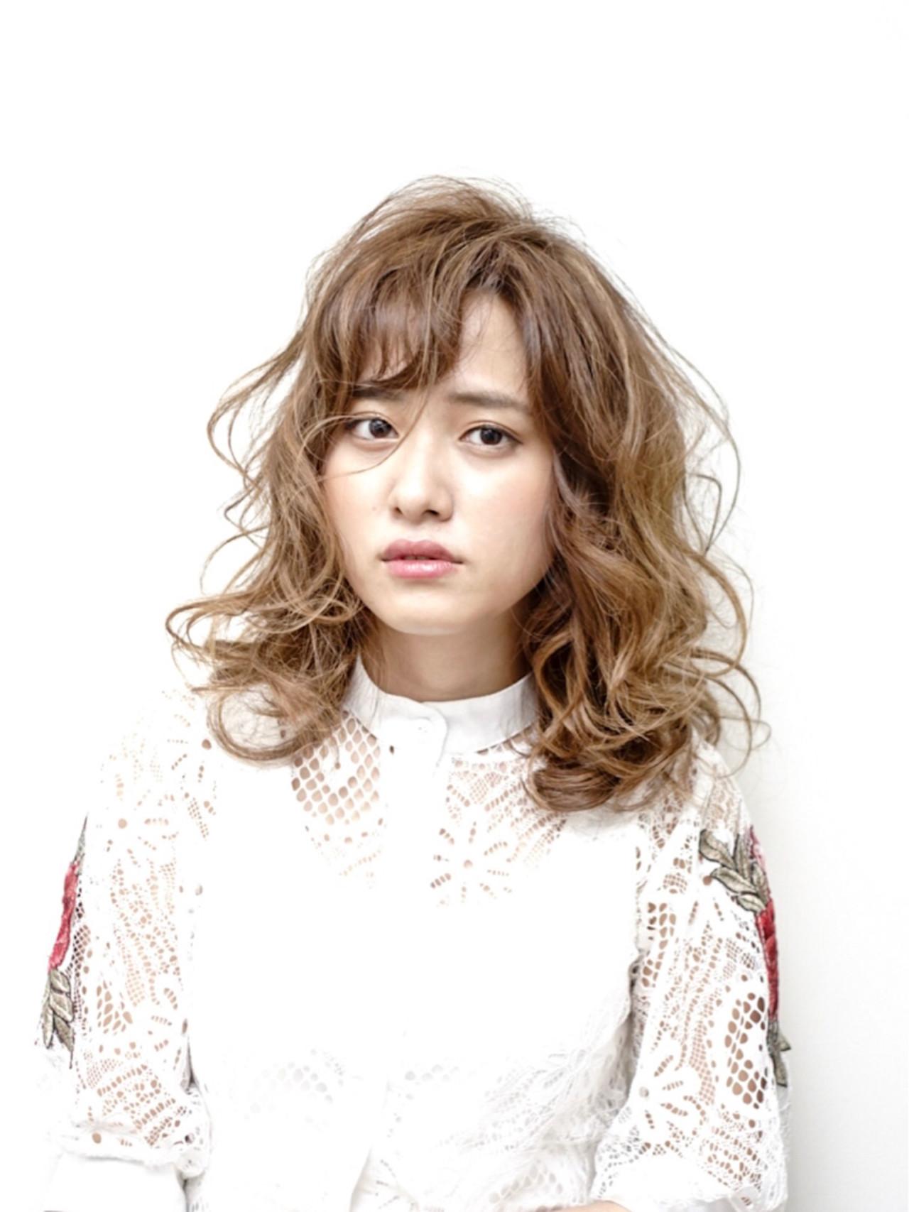 ミルクティー ガーリー 黒髪 ロブ ヘアスタイルや髪型の写真・画像   Yoshifumi Kimura / LOCCA