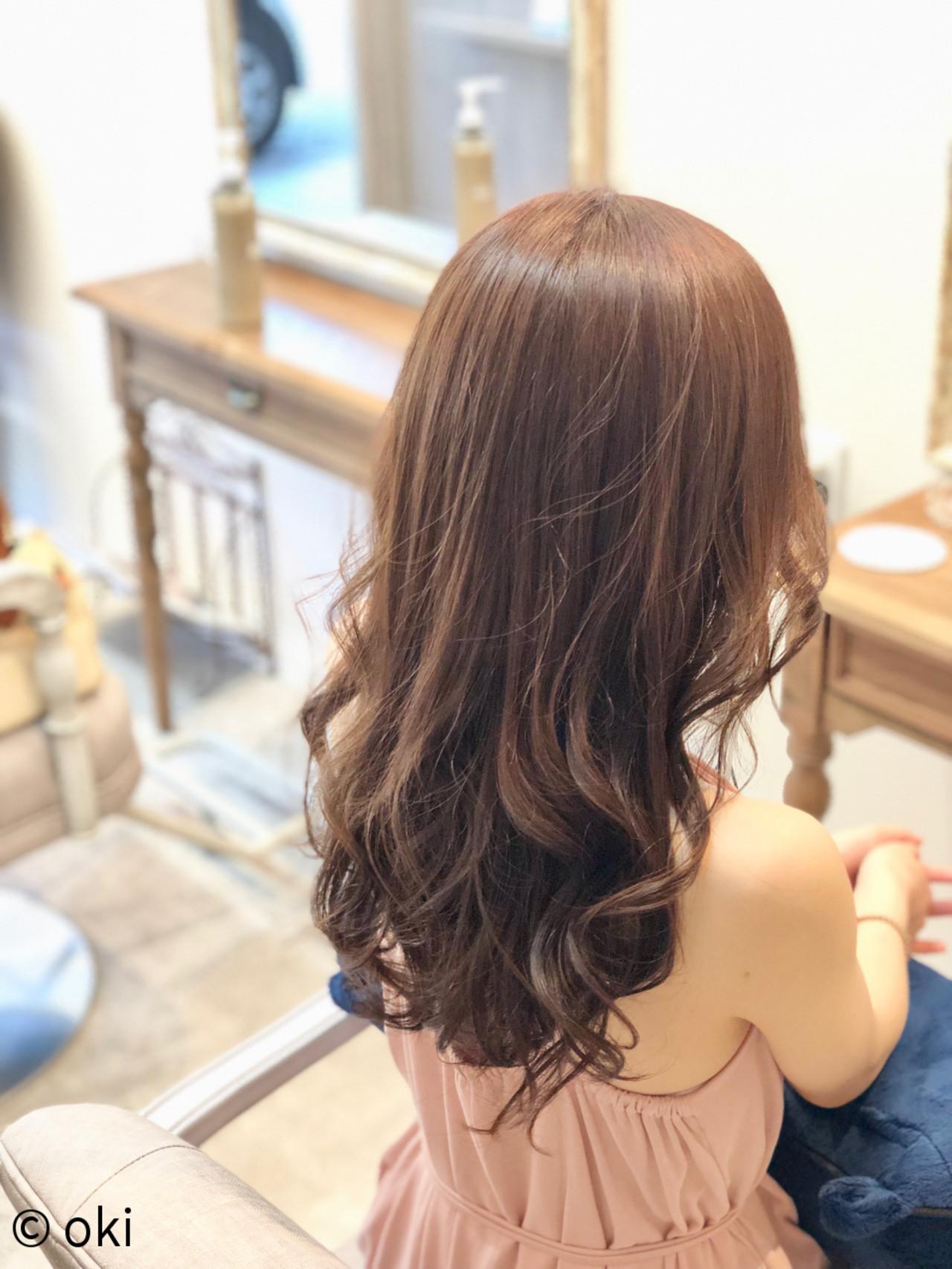 ロング デート フェミニン サラサラ ヘアスタイルや髪型の写真・画像