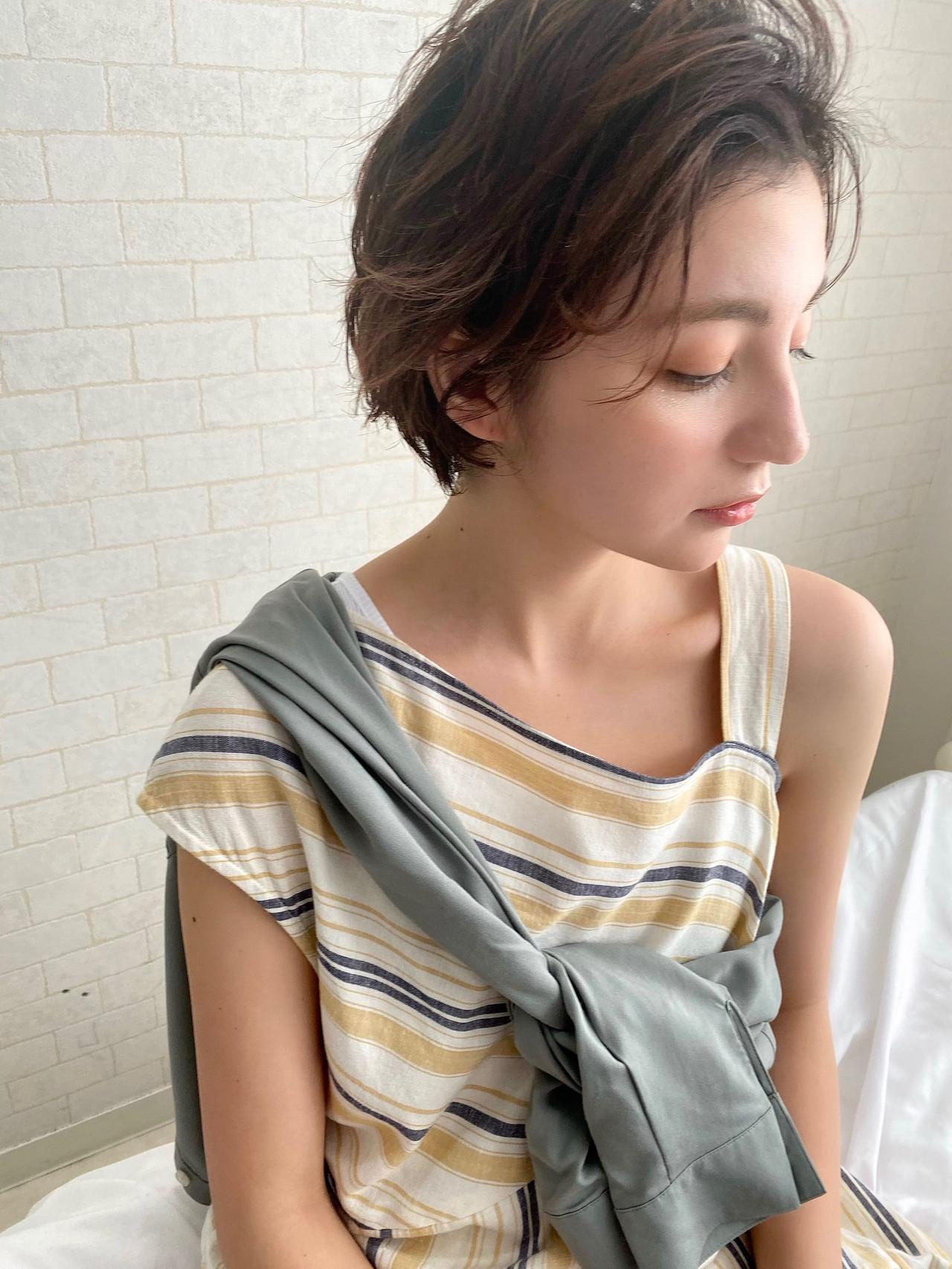 アンニュイほつれヘア ナチュラル パーマ ショートヘア ヘアスタイルや髪型の写真・画像 | Mirai / Lilou