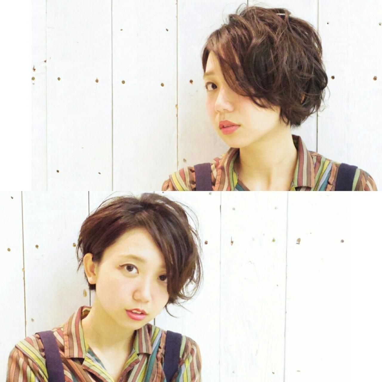 冬 パーマ センターパート ショート ヘアスタイルや髪型の写真・画像 | KUMA / hair make PUR
