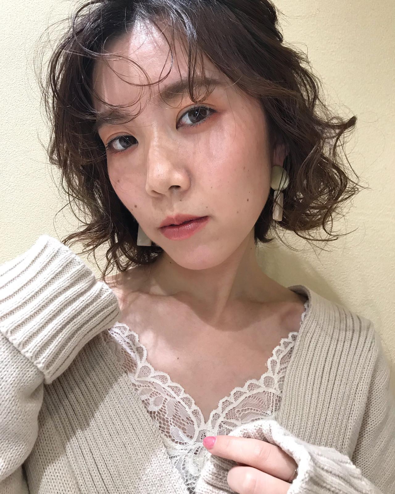 フェミニン ボブ ヘアスタイルや髪型の写真・画像 | 吉澤愛 / Ash東戸塚