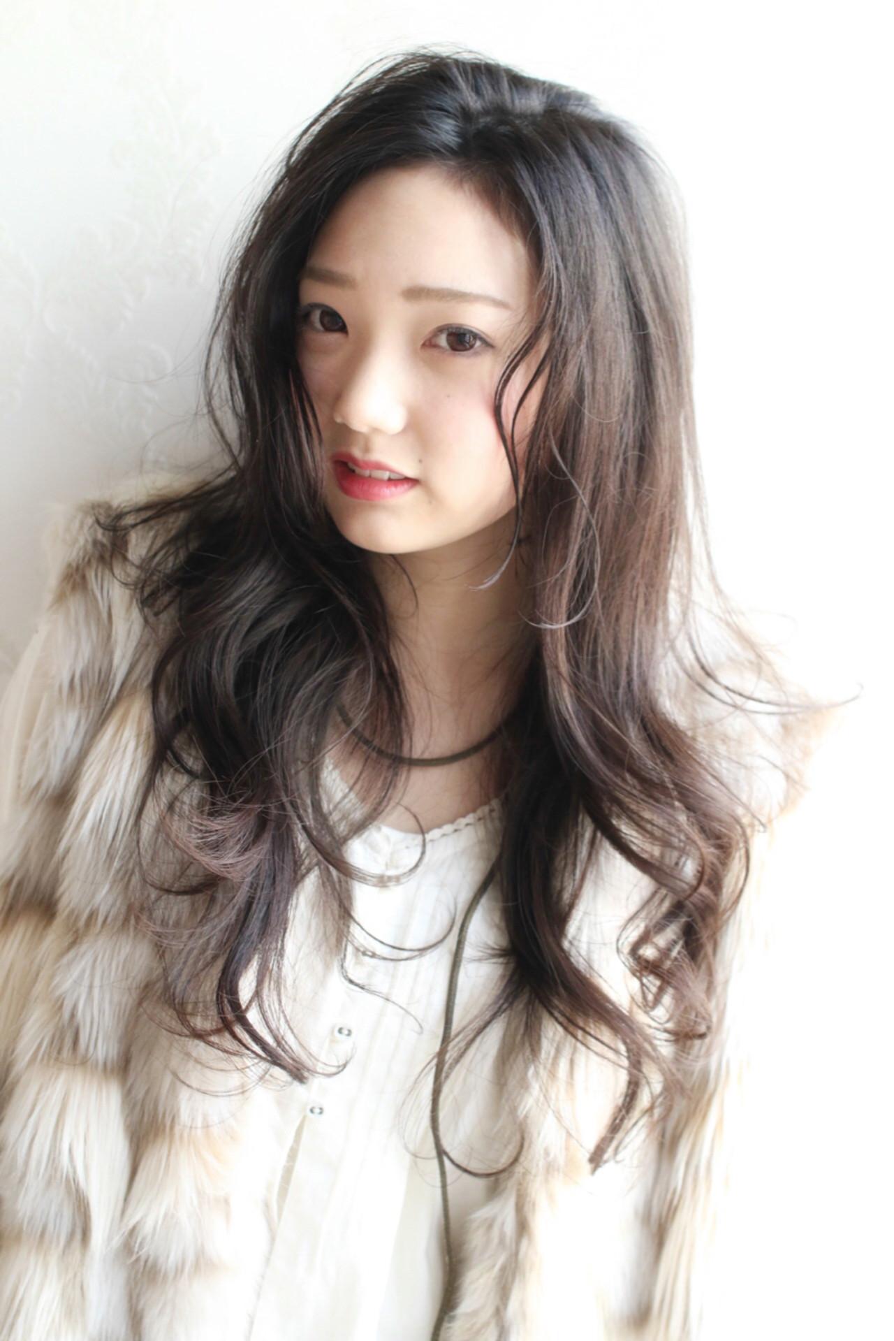 暗髪 こなれ感 大人女子 パーマ ヘアスタイルや髪型の写真・画像
