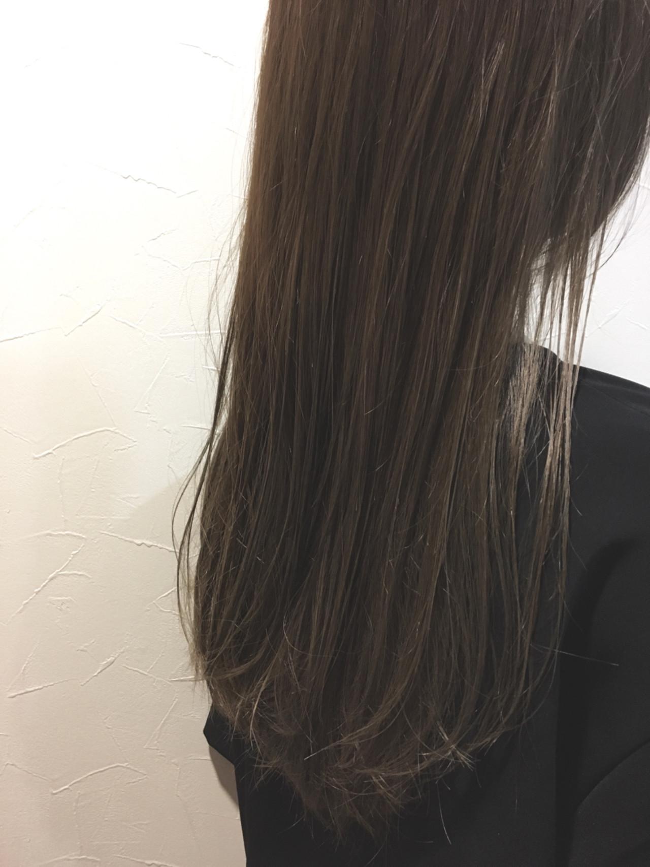 外国人風カラー ハイライト アッシュ グレージュ ヘアスタイルや髪型の写真・画像 | 植野 朋樹 / chaleurシャルール