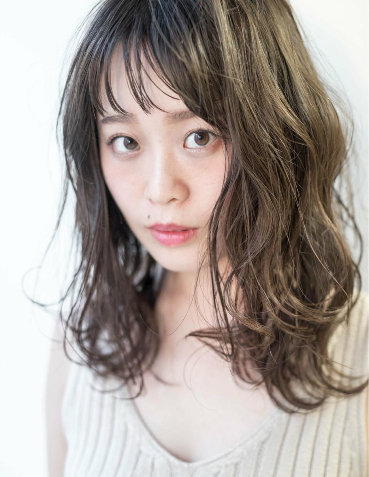 こなれ感 大人女子 パーマ セミロング ヘアスタイルや髪型の写真・画像