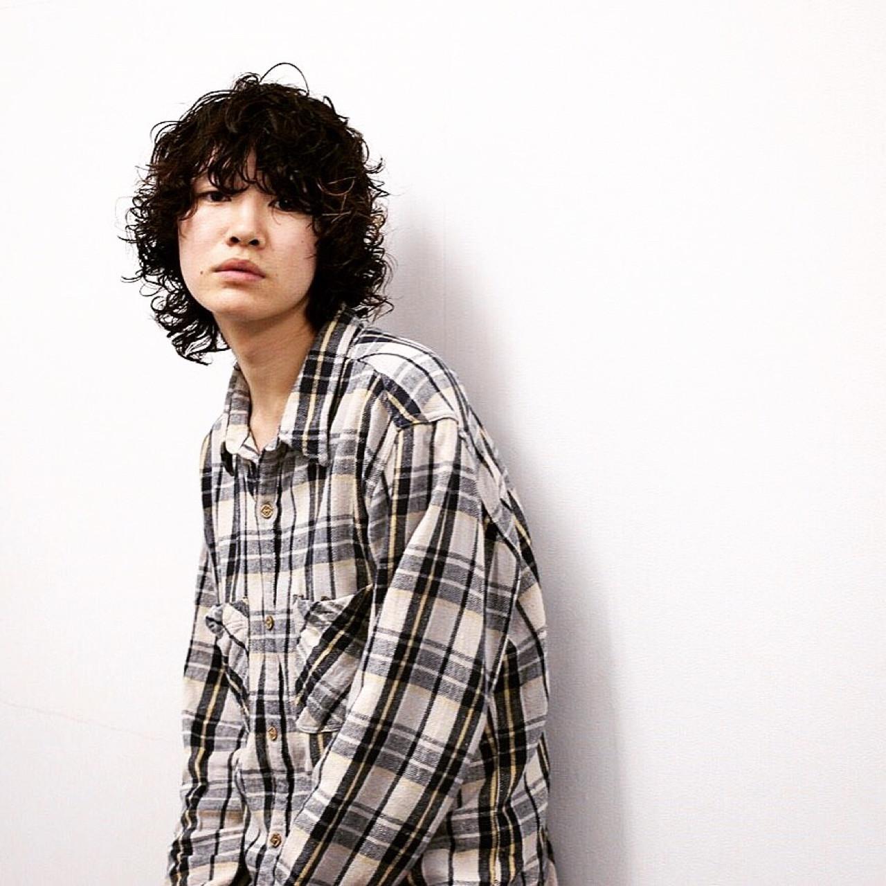 ミディアム ストリート ウルフカット 外国人風 ヘアスタイルや髪型の写真・画像 | 井上 拓耶 / know hair studio