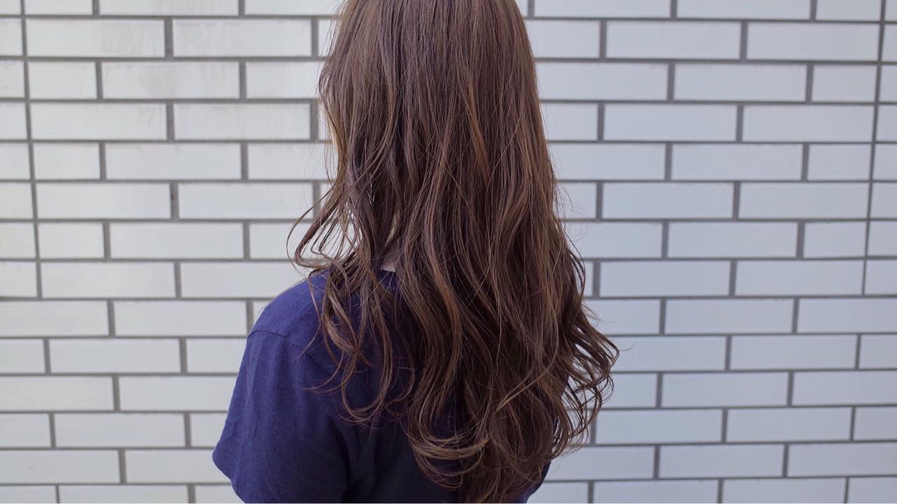 大人かわいい ゆるふわ フェミニン ロング ヘアスタイルや髪型の写真・画像 | うえもとたく / ash