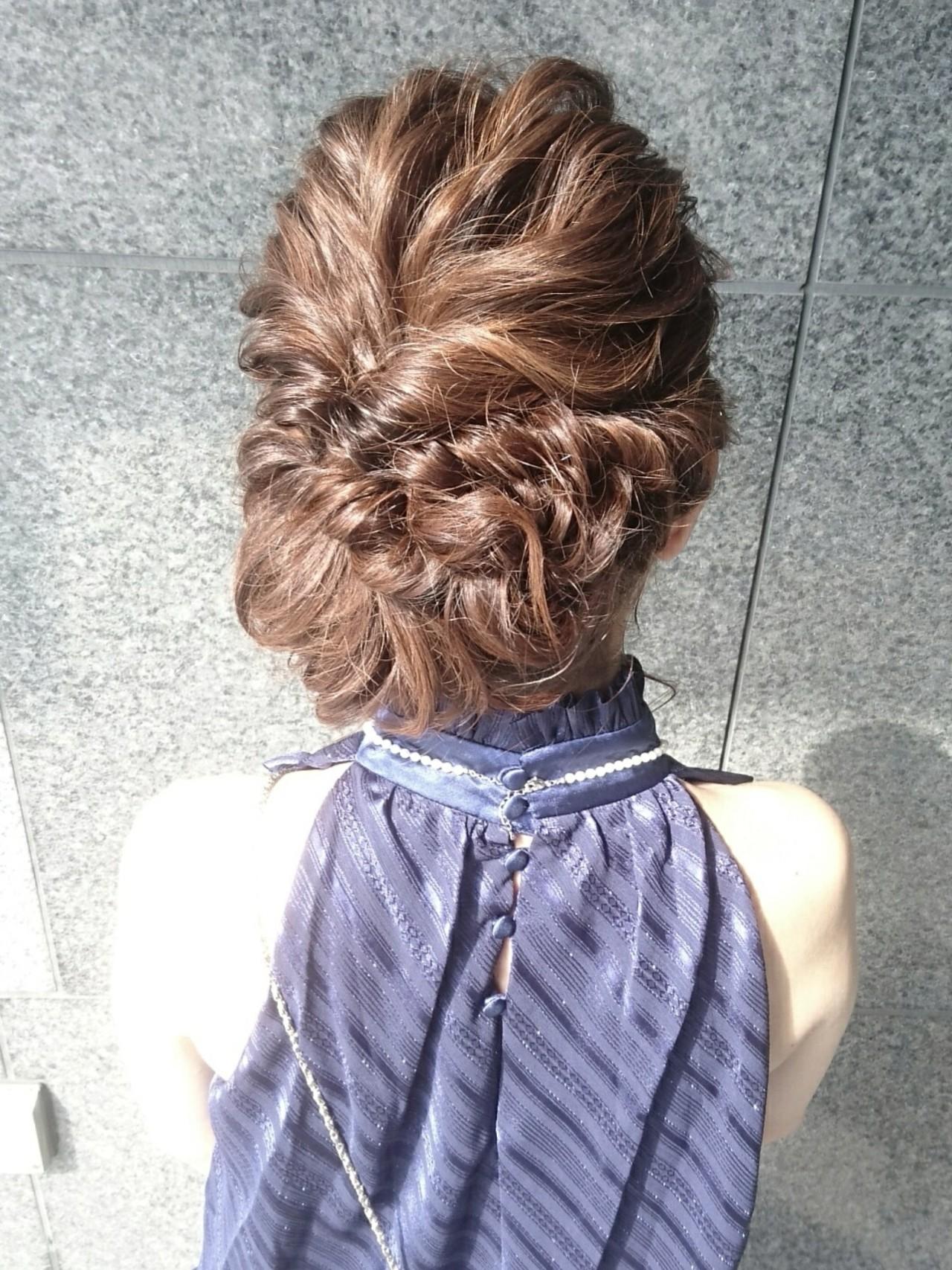 ミディアム ヘアアレンジ 結婚式 フェミニン ヘアスタイルや髪型の写真・画像